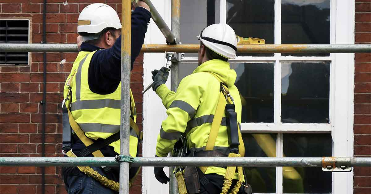 Safety and Efficiency Tips for Taking Down Scaffolds